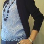 ブルーレース服 +ネイビーのコーデ 今日の服