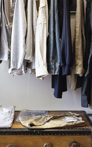 closet-1209917__480