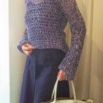 長いスカート、長袖のコーデ