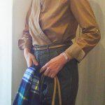 ベイカーパンツと ギャラリラガランテのシャツのコーデ